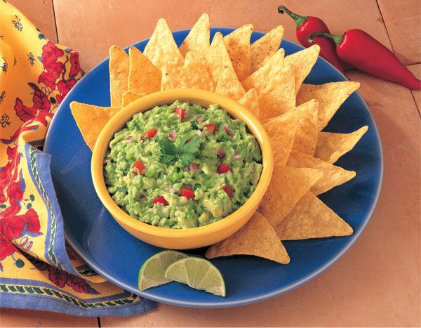 salsa guacamole e tortillas
