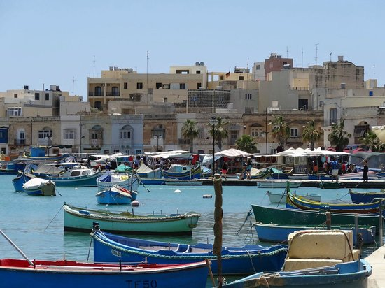 Vista del mercato di Marsaxlokk