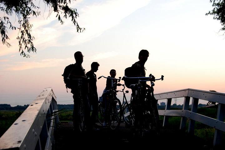 sunset holland bike2