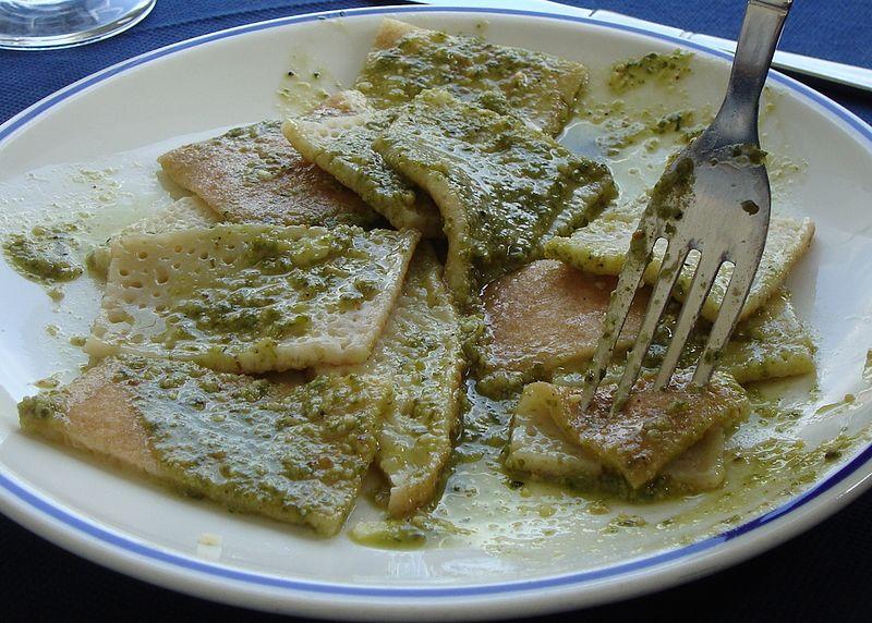 Testaroli-Pesto-Pontremoli